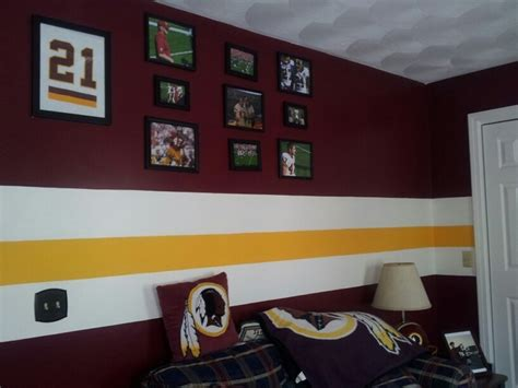 Redskins Bedroom Curtains Redskins Themed Room Sent In By Tracey Burgundy Gold