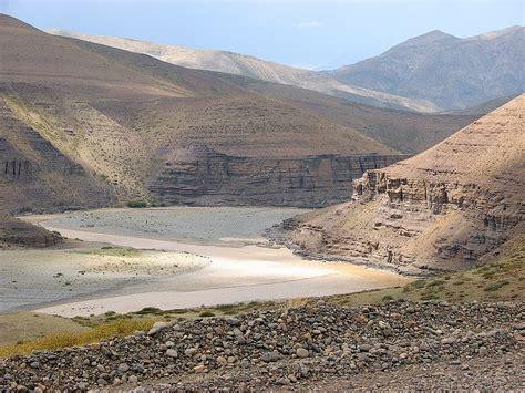 Las Meteran No 240 Taiyo file neuquen river 1 jpg wikimedia commons