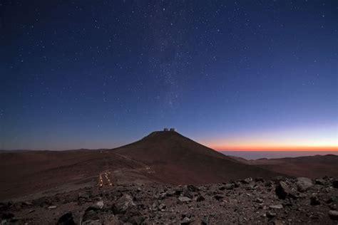 futura su sky paisagem quase marciana