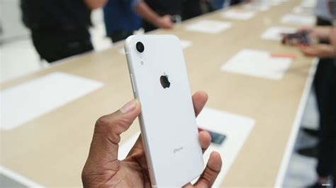 iphone xr     colours heres