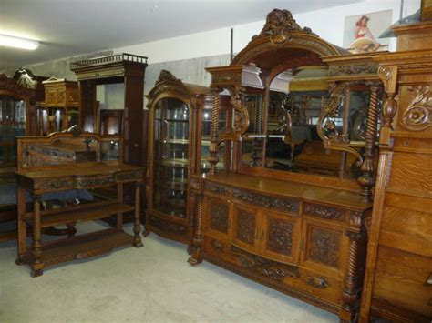 hobbit furniture antique collectible show next weekend at the portland expo center