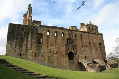 Old House by File Linlithgow Palace Jpg Wikimedia Commons
