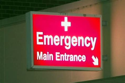 mcg emergency room team chosen for emergency department review abc news australian broadcasting corporation