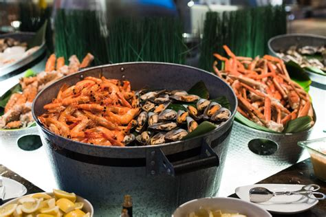 Seafood Buffet At Edge Pan Pacific Singapore The Sea Food Buffet