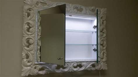specchio con mensola per bagno specchiera laccata per bagno con mensole interne idfdesign