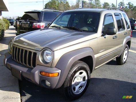 2004 jeep liberty light 2004 light khaki metallic jeep liberty sport 25792606