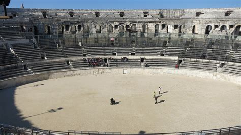 gladiator film arena n 238 mes the arena maison carr 233 e and tour magne for