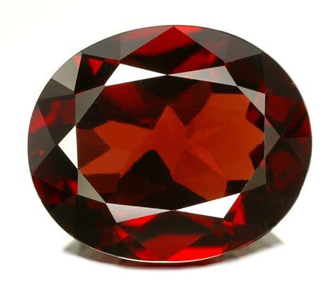 pyrope garnet gemstone jewelry information garnet