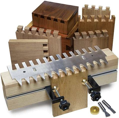 mlc woodworking mlcs pins and tails through dovetail cling system