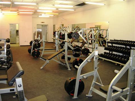 ymca weight room in the d january 2006