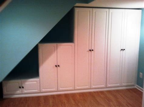 the stairs storage traditional basement