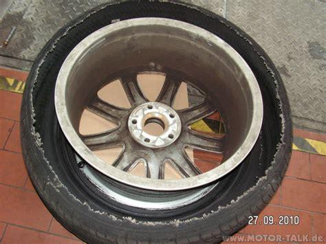 Motorrad Reifen Platzt by Pict0241 Bei 250 Kmh Reifen Geplatzt