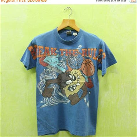 Tshirt Tazmania 13 best vintage looney tunes products on wanelo
