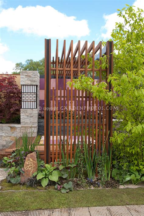 stehle industrial style modern patio deck with trellis for backyard