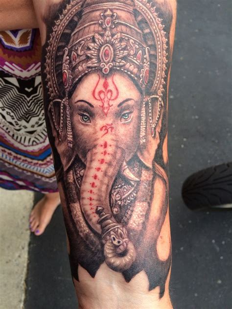 ganesh tattoo colorato 124 best ganesh tattoos images on pinterest ganesh