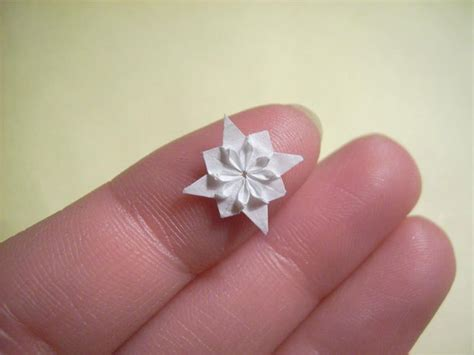 Small Origami Flower - paper artist uses toothpicks to fold impossibly small