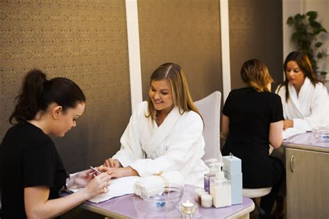 Most Resilient Pedicure by Best Shellac Manicure In Dublin 2