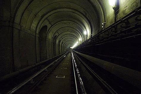 thames river tunnel exploring london and the river thames at the museum of
