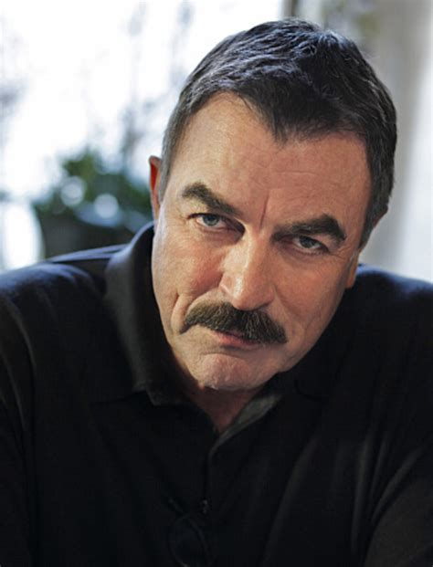 tom selleck blue bloods sweater best buy tom selleck as frank reagan blue bloods cbs photo