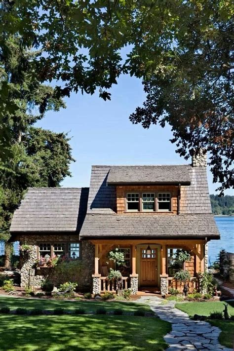 East Lake Cabins by 1000 Ideas About Small House Exteriors On
