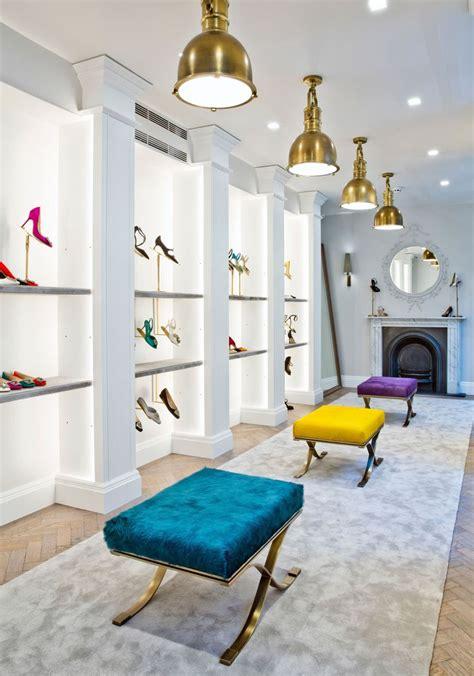 Shoes Manolo Blahnik 1129 2a best 25 shoe store design ideas on shoe shop