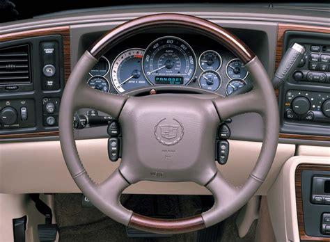 2002 Cadillac Escalade Interior by 2002 Cadillac Escalade Interior Photo 4