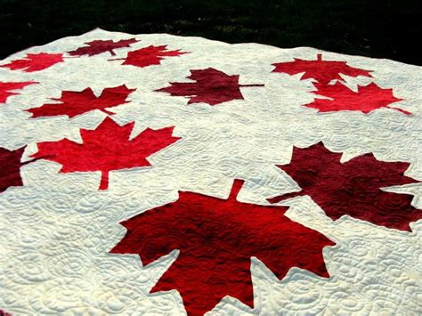 flag pattern new leaf canadian maple leaf quilt to sew and quilt pinterest