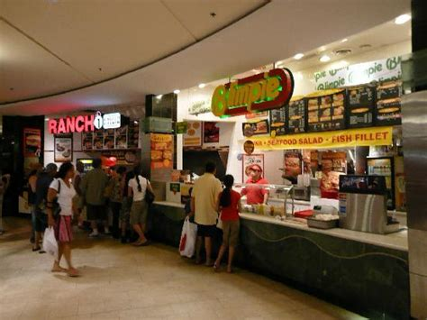 Usa Garden State Mall フードコート Picture Of Westfield Garden State Plaza Paramus