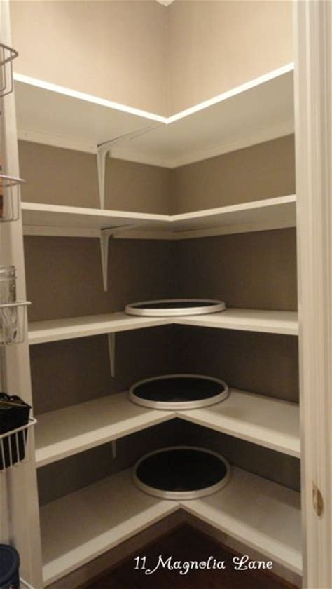 Building A Corner Pantry by 17 Ideas About Corner Pantry On Pantries