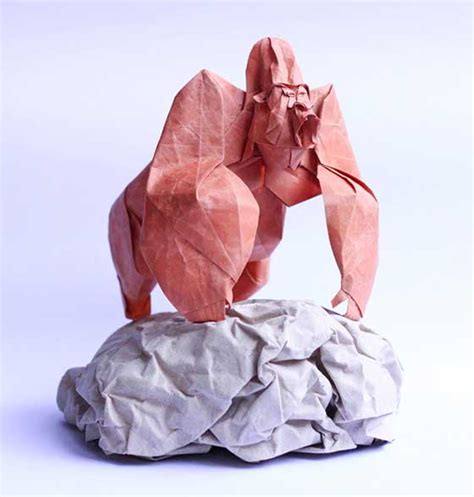 Working Origami - stunning origami work by nguyen hung cuong design swan