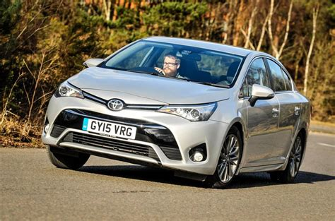 Toyota Avensis 2016 Toyota Avensis 2 0 D 4d Business Edition Review