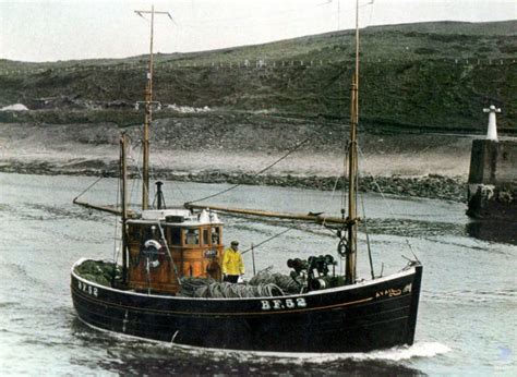 scottish fishing boat design johnson 30 scottish ring netter traditional heavy