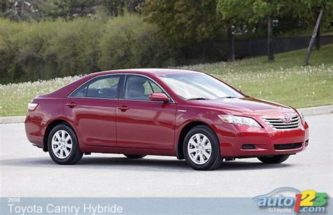 2008 Toyota Camry Review Auto123 New Cars Used Cars Auto Shows Car Reviews