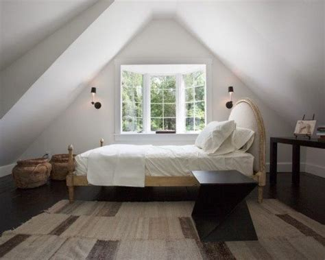 Bedrooms With Slanted Ceilings by Slanted Ceiling Bedroom