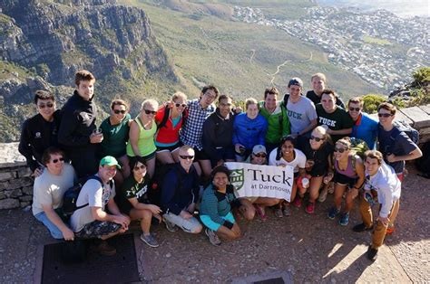 Mba Courses In South Africa by Tuck School Of Business Tuckies To South Africa For