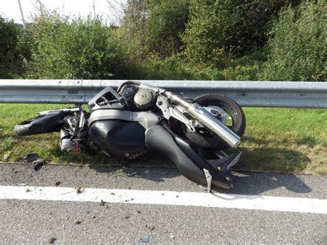 Zug Motorradunfall by Motorradfahrerin Bei Unfall Schwer Verletzt Cuxhaven News