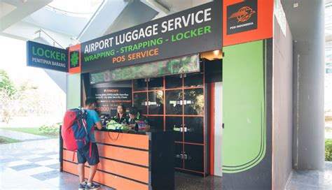 Carboard Pekanbaru airport locker service