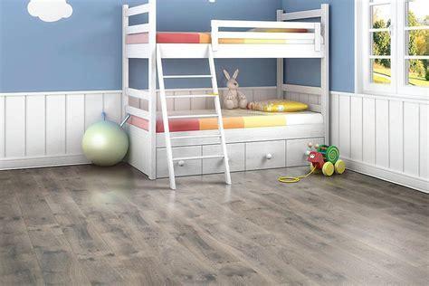 Laminate Flooring: Mohawk Laminate Flooring   Chalet Vista