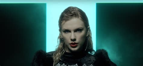 taylor swift looks what you made me do mp3 taylor swift s quot look what you made me do quot erupts as hot ac