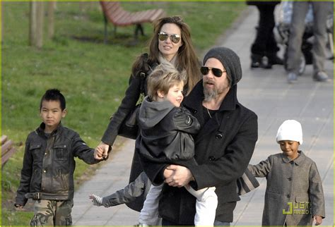 New Photo Of The Pitt Family by Sized Photo Of Brad Pitt Family Stroll