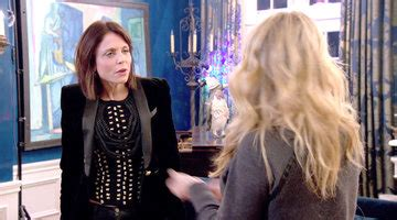 new york city housewives hairstyles watch take a tour of dorinda s home and closet the