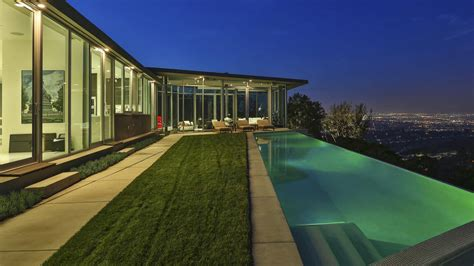 pharrell williams house pharrell williams buys los angeles home for 7 14 million