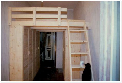 hochbett mit integriertem schrank hochbett schrank genial hochbett schrank selber bauen mit