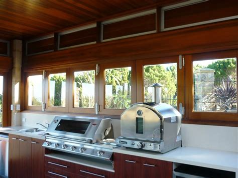 outdoor rooms perth cedar servery window and lourvers style patio