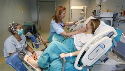 impactantes imagenes de un parto natural entrenamiento f 237 sico para afrontar el parto mam 225 s y