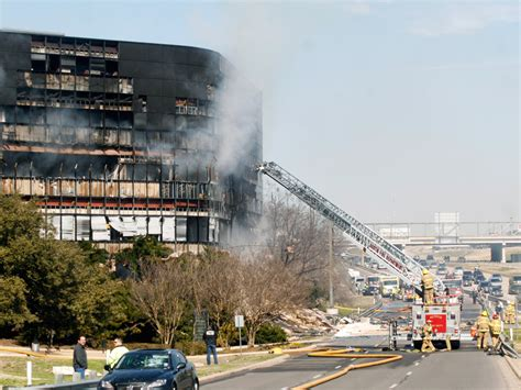Irs Field Office by Plane Crashes Into Irs Office In Wbur News