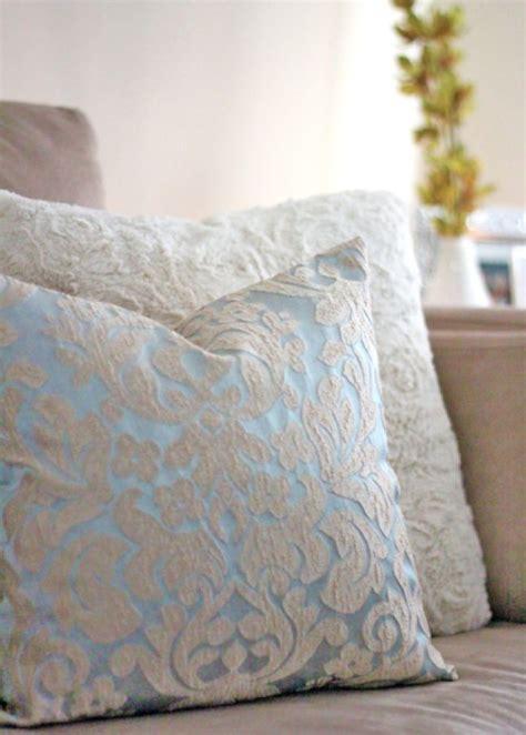 diy couch pillows 25 incredible diy throw pillows