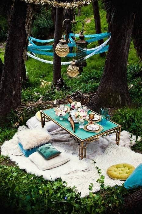 ideas  celebrar  picnic en el jardin pisos al