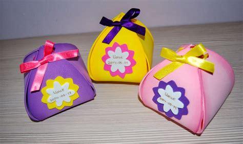 caja de regalo hecha de foami cajas de goma eva