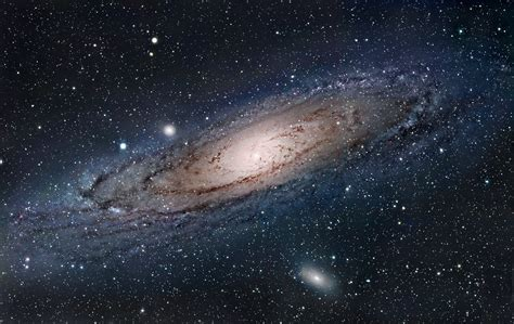 galaxy un the universe is huge and you are small and what that